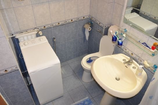 Bucuresti, zona Mosilor, apartament cu 2 camere de inchiriat