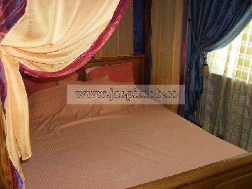 inchiriere apartament decomandata, zona Sala Palatului, orasul Bucuresti, suprafata utila 45 mp
