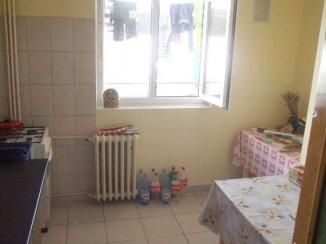 vanzare apartament cu 2 camere, decomandat, in zona Tei, orasul Bucuresti