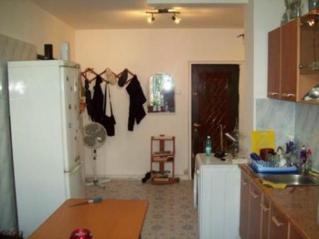 vanzare apartament semidecomandat, zona Vitan, orasul Bucuresti, suprafata utila 42 mp