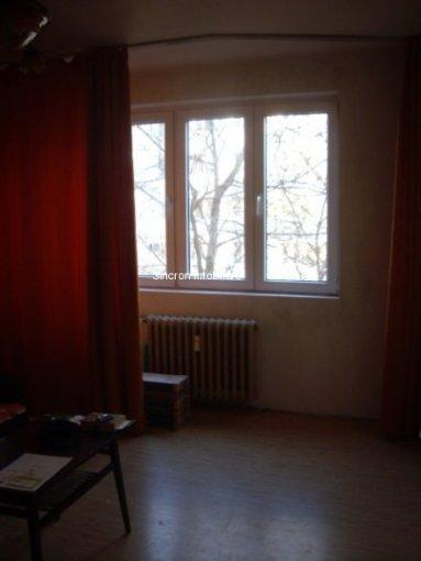 Apartament cu 2 camere de vanzare, confort 1, zona Titan,  Bucuresti
