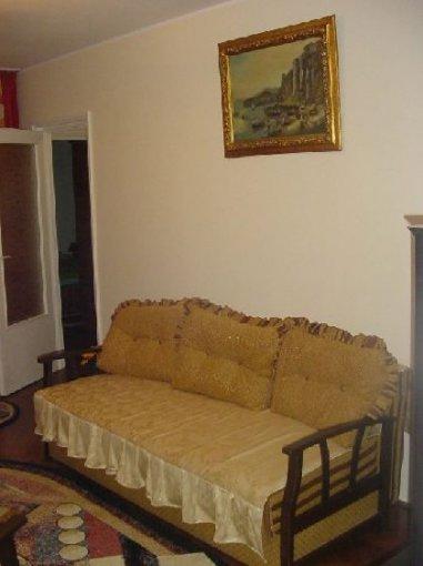 vanzare apartament cu 2 camere, semidecomandat, in zona Cismigiu, orasul Bucuresti