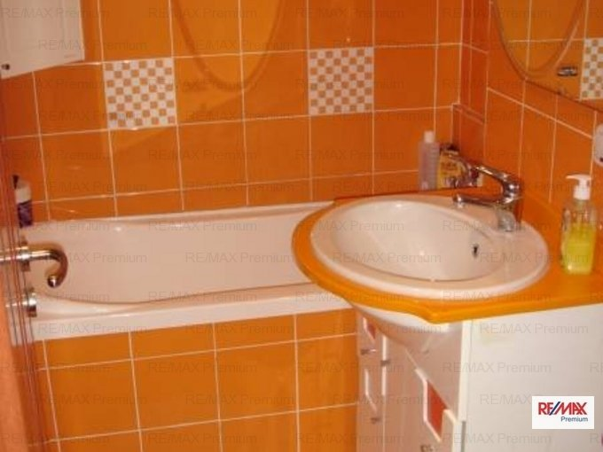 vanzare apartament cu 2 camere, semidecomandat, in zona Theodor Pallady, orasul Bucuresti