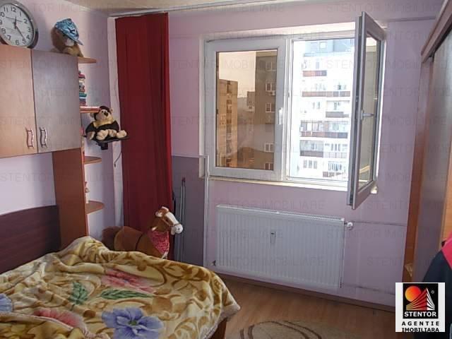 Apartament cu 2 camere de vanzare, confort 2, zona Drumul Taberei,  Bucuresti
