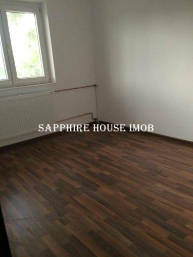 Apartament vanzare Brancoveanu cu 2 camere, etajul 4 / 4, 1 grup sanitar, cu suprafata de 40 mp. Bucuresti, zona Brancoveanu.