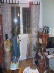 vanzare apartament cu 2 camere, decomandata, in zona 1 Decembrie 1918, orasul Bucuresti