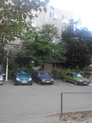 inchiriere Apartament Bucuresti cu 2 camere, cu 1 grup sanitar, suprafata utila 25 mp. Pret: 150 euro.