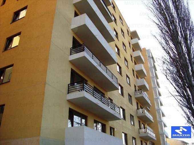 agentie imobiliara vand apartament decomandat, in zona Vitan Mall, orasul Bucuresti