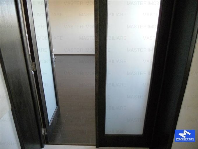 vanzare apartament decomandat, zona Vitan Mall, orasul Bucuresti, suprafata utila 75 mp