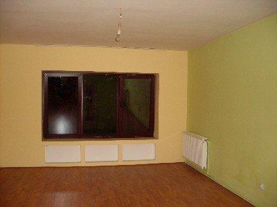 vanzare apartament cu 2 camere, nedecomandat, in zona Romana, orasul Bucuresti