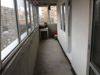 balcon bucatarie si sufragerie