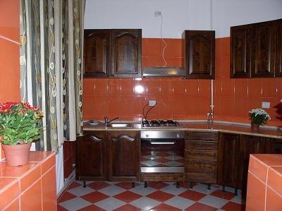 inchiriere apartament cu 2 camere, decomandat, in zona Ultracentral, orasul Bucuresti