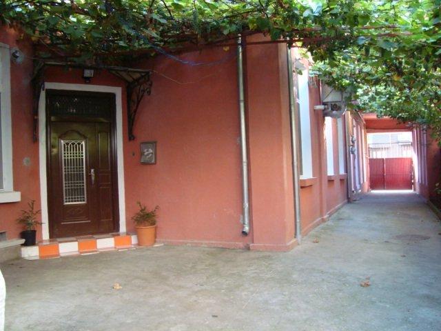 inchiriere apartament decomandat, zona Ultracentral, orasul Bucuresti, suprafata utila 89 mp