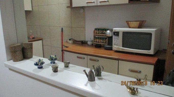 Apartament inchiriere Bucuresti 2 camere, suprafata utila 72 mp, 1 grup sanitar, 1  balcon. 450 euro. Etajul 3 / 7. Destinatie: Rezidenta. Apartament Unirii Bucuresti