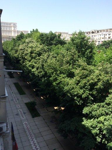 Apartament vanzare Bucuresti 2 camere, suprafata utila 68 mp, 1 grup sanitar, 1  balcon. 130.000 euro. Etajul 3 / 8. Destinatie: Rezidenta, Birou. Apartament Ultracentral Bucuresti