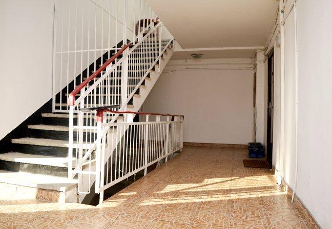 http://www.realkom.ro/anunt/inchirieri-apartamente/realkom-agentie-imobiliara-decebal-oferta-inchiriere-apartament-2-camere-decebal-zvon-cafe/1761