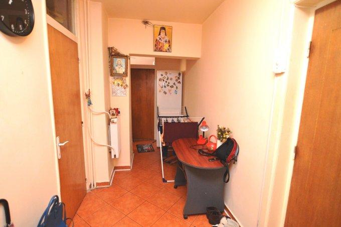 http://www.realkom.ro/anunt/vanzari-apartamente/realkom-agentie-imobiliara-unirii-oferta-vanzare-apartament-2-camere-unirii-nerva-traian/1793
