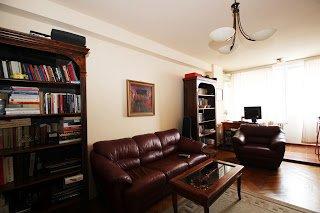 Vanzare apartament 2 camere Casin Domenii Arcul de Triumf