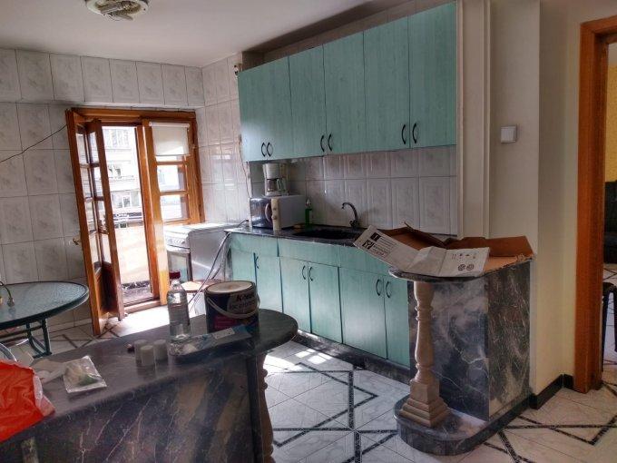 Apartament de inchiriat direct de la proprietar, in Bucuresti, in zona Piata Unirii, cu 390 euro. 1 grup sanitar, suprafata utila 58 mp.