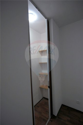 agentie imobiliara inchiriez apartament decomandata, in zona Titan, orasul Bucuresti