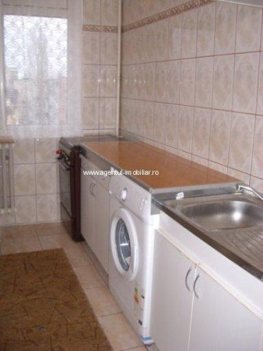 inchiriere apartament cu 2 camere, semidecomandata, in zona Titan, orasul Bucuresti