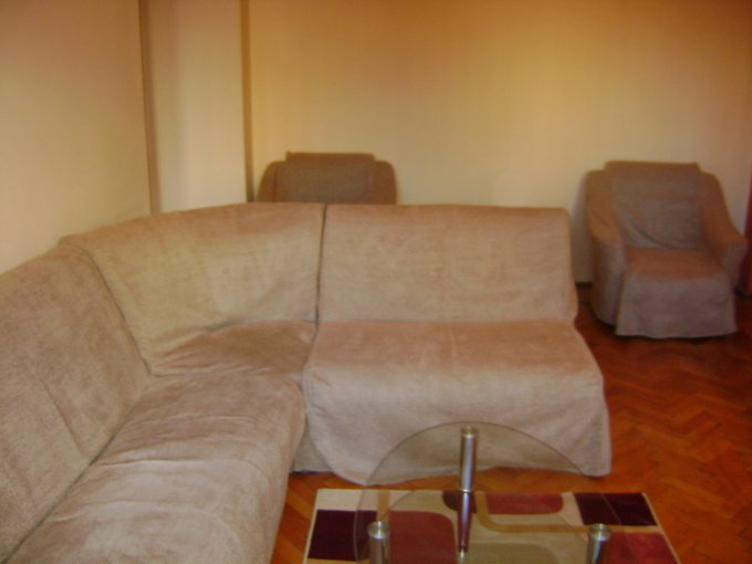 inchiriere apartament cu 2 camere, semidecomandata, in zona Kogalniceanu, orasul Bucuresti