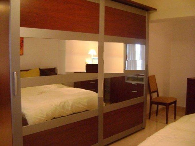 Bucuresti, zona Universitate, apartament cu 2 camere de inchiriat, Mobilata lux
