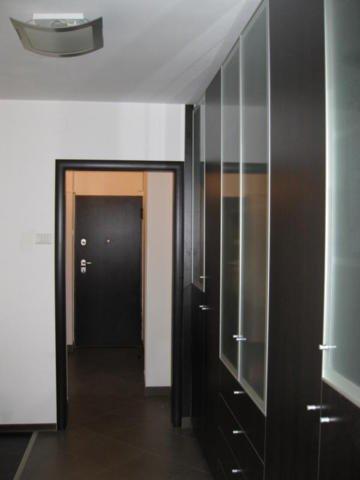 inchiriere apartament decomandat, zona Piata Romana, orasul Bucuresti, suprafata utila 55 mp