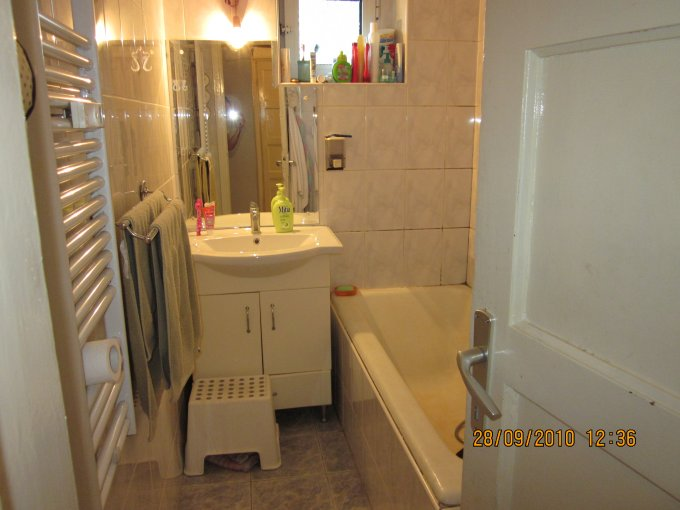 vanzare apartament decomandat, zona Basarabia, orasul Bucuresti, suprafata utila 53 mp