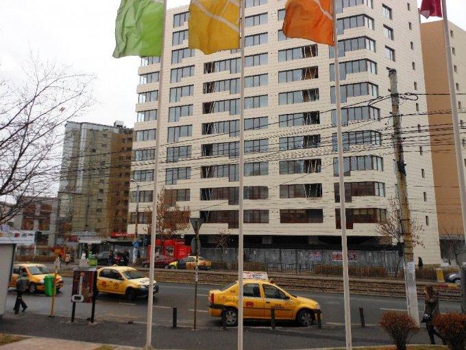 vanzare apartament decomandat, zona Unirii, orasul Bucuresti, suprafata utila 87 mp