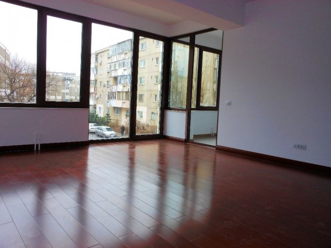 Apartament cu 2 camere de vanzare, confort Lux, zona Unirii,  Bucuresti