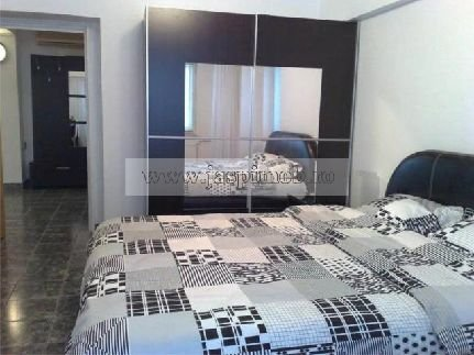 inchiriere apartament decomandata, zona Unirii, orasul Bucuresti, suprafata utila 74 mp