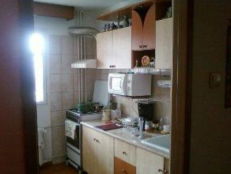 vanzare apartament semidecomandat, zona Basarabia, orasul Bucuresti, suprafata utila 70 mp