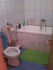 vanzare apartament cu 3 camere, semidecomandat, in zona Basarabia, orasul Bucuresti