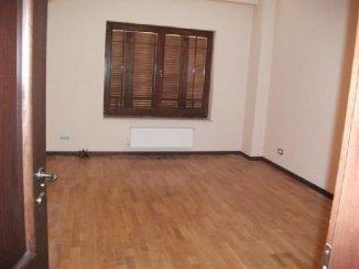 vanzare apartament cu 3 camere, decomandat, in zona Dorobanti, orasul Bucuresti