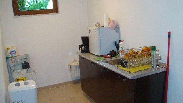 vanzare apartament cu 3 camere, semidecomandat-circular, in zona Nordului, orasul Bucuresti