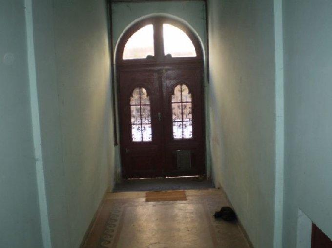 agentie imobiliara inchiriez apartament decomandat, in zona Centrul Istoric, orasul Bucuresti