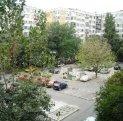 vanzare apartament cu 3 camere, semidecomandat, in zona Aparatorii Patriei, orasul Bucuresti
