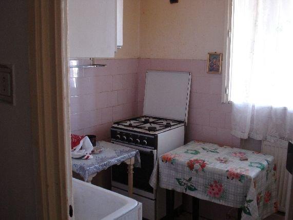 Bucuresti, zona Basarabia, apartament cu 3 camere de inchiriat