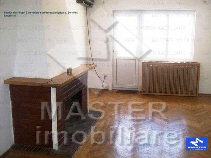 vanzare apartament cu 3 camere, decomandat, in zona Lahovari, orasul Bucuresti