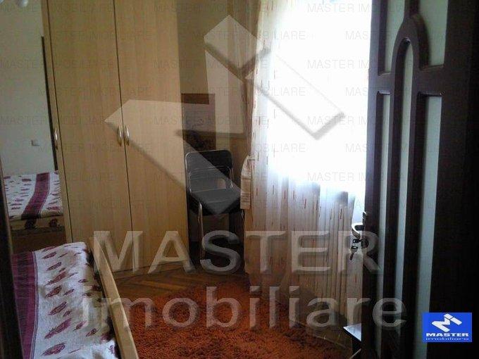 agentie imobiliara vand apartament semidecomandat, in zona Dacia, orasul Bucuresti