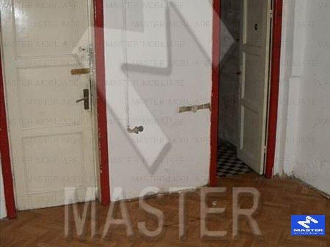 vanzare apartament cu 3 camere, nedecomandat, in zona Pache Protopopescu, orasul Bucuresti