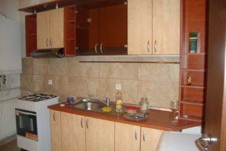 vanzare apartament decomandat, zona Ferdinand, orasul Bucuresti, suprafata utila 65 mp