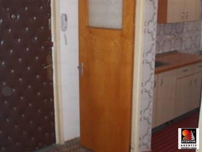vanzare apartament cu 3 camere, decomandat, in zona Drumul Taberei, orasul Bucuresti