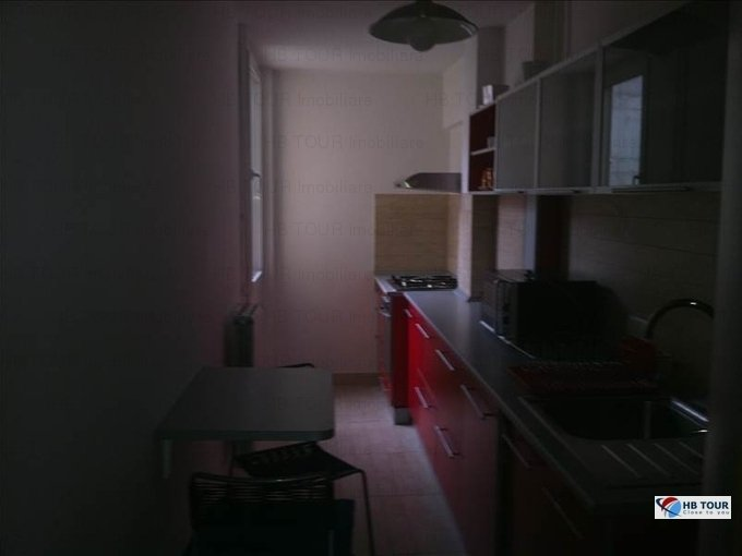 Bucuresti, zona Victoriei, apartament cu 3 camere de inchiriat
