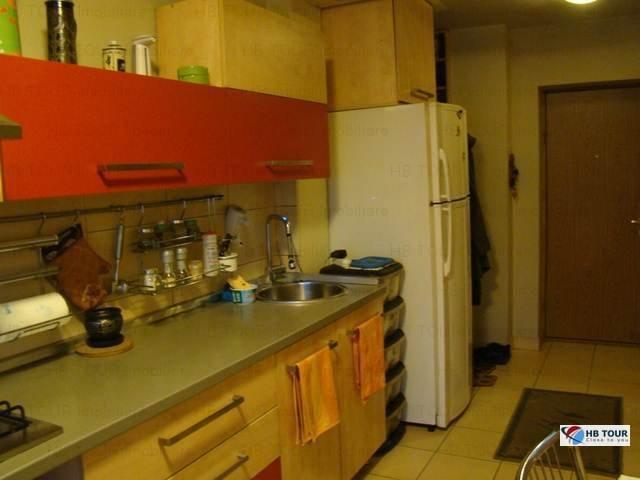 inchiriere apartament cu 3 camere, semidecomandat, in zona Crangasi, orasul Bucuresti