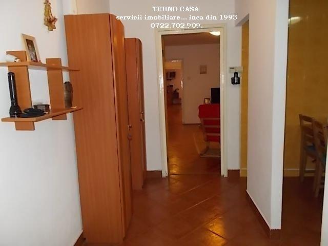 Bucuresti, zona Titan, apartament cu 3 camere de vanzare