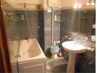 agentie imobiliara inchiriez apartament decomandat, in zona Unirii, orasul Bucuresti