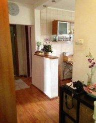 vanzare apartament cu 3 camere, decomandat, in zona Calea Calarasilor, orasul Bucuresti