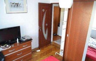 Apartament cu 3 camere de vanzare, confort 1, zona Calea Calarasilor,  Bucuresti